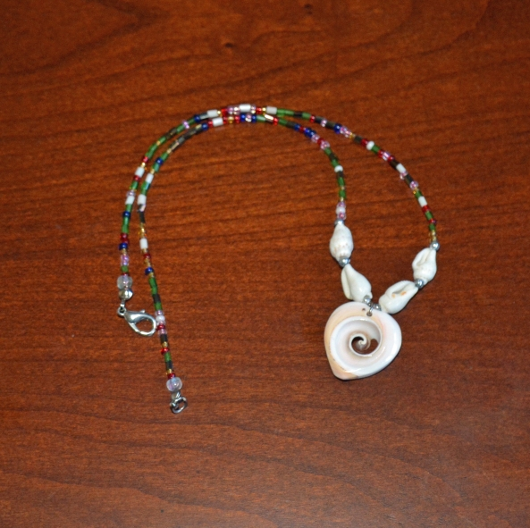 Conk shell heart necklace